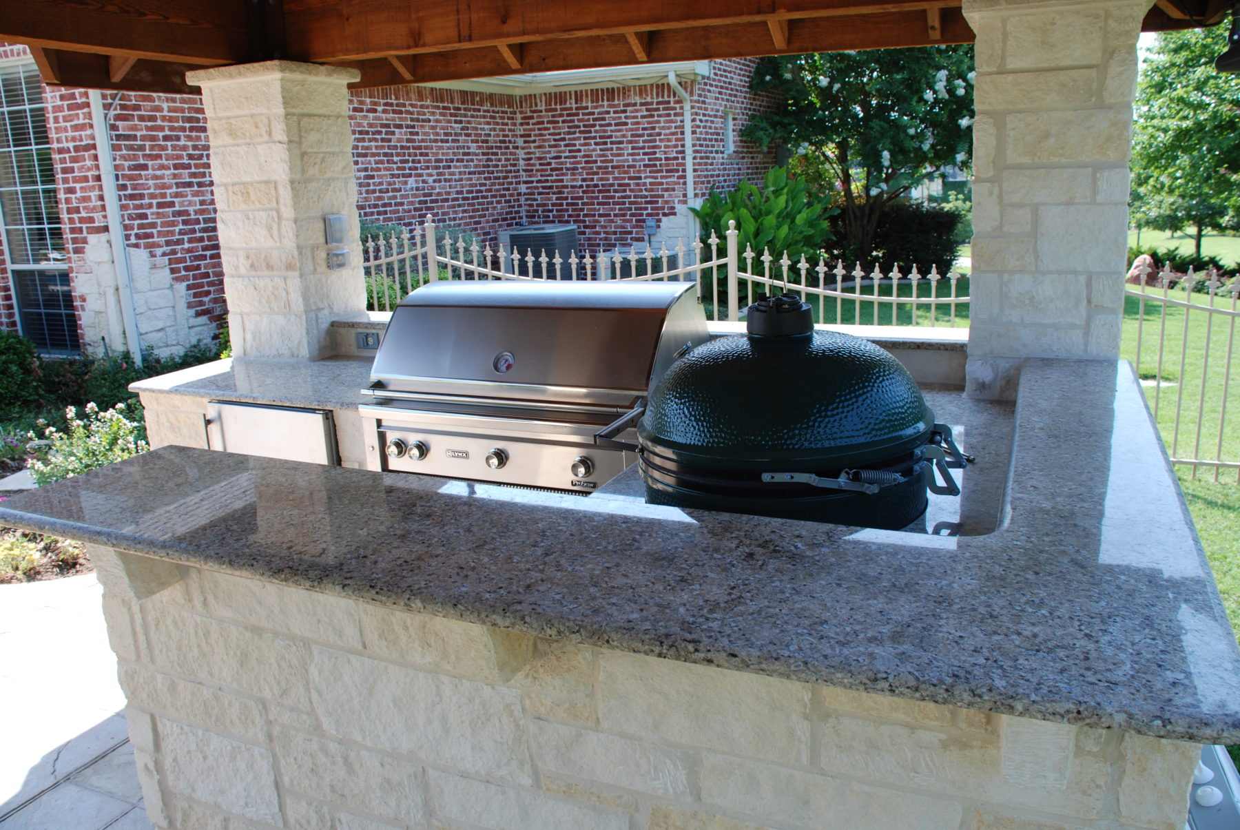 Outdoor kitchens custom patio designs forney tx for Custom backyard designs